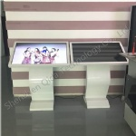 42' touch screen android 4.44 standing information kiosk